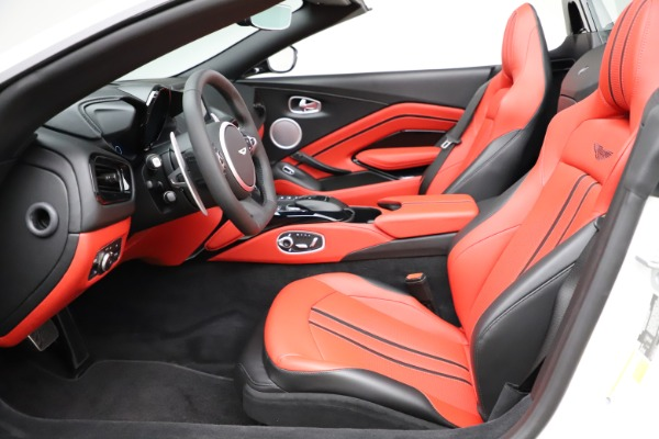 New 2021 Aston Martin Vantage Roadster Convertible for sale $189,186 at Bentley Greenwich in Greenwich CT 06830 14