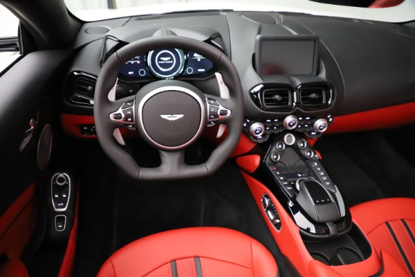 New 2021 Aston Martin Vantage Roadster Convertible for sale $189,186 at Bentley Greenwich in Greenwich CT 06830 17