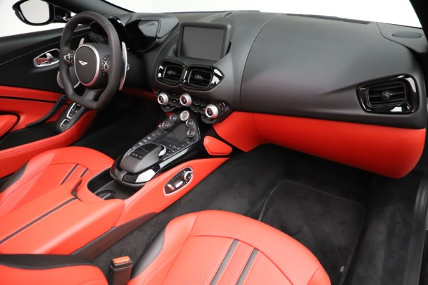 New 2021 Aston Martin Vantage Roadster Convertible for sale $189,186 at Bentley Greenwich in Greenwich CT 06830 18