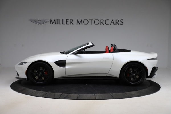 New 2021 Aston Martin Vantage Roadster Convertible for sale $189,186 at Bentley Greenwich in Greenwich CT 06830 2
