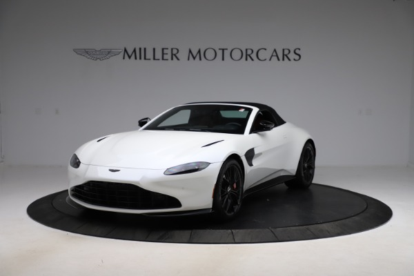 New 2021 Aston Martin Vantage Roadster Convertible for sale $189,186 at Bentley Greenwich in Greenwich CT 06830 21