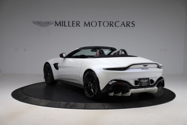 New 2021 Aston Martin Vantage Roadster Convertible for sale $189,186 at Bentley Greenwich in Greenwich CT 06830 4