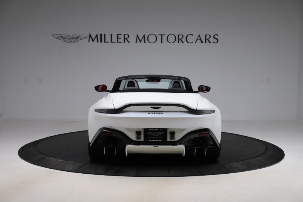 New 2021 Aston Martin Vantage Roadster Convertible for sale $189,186 at Bentley Greenwich in Greenwich CT 06830 5