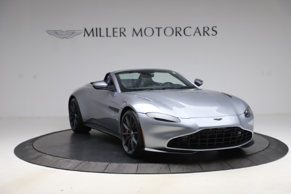 New 2021 Aston Martin Vantage Roadster Convertible for sale $199,285 at Bentley Greenwich in Greenwich CT 06830 11