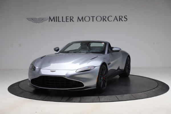 New 2021 Aston Martin Vantage Roadster Convertible for sale $199,285 at Bentley Greenwich in Greenwich CT 06830 13
