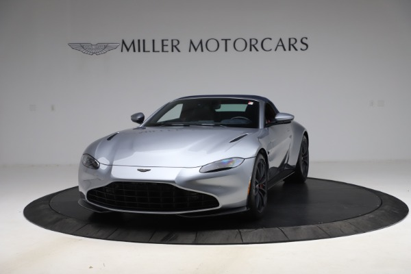 New 2021 Aston Martin Vantage Roadster Convertible for sale $199,285 at Bentley Greenwich in Greenwich CT 06830 14