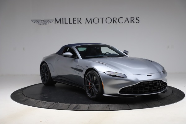 New 2021 Aston Martin Vantage Roadster Convertible for sale $199,285 at Bentley Greenwich in Greenwich CT 06830 20