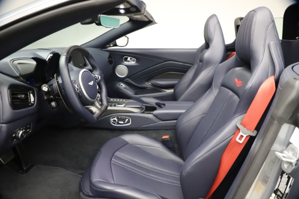 New 2021 Aston Martin Vantage Roadster Convertible for sale $199,285 at Bentley Greenwich in Greenwich CT 06830 21