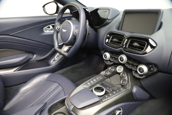 New 2021 Aston Martin Vantage Roadster Convertible for sale $199,285 at Bentley Greenwich in Greenwich CT 06830 25