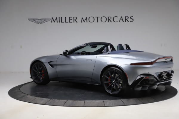 New 2021 Aston Martin Vantage Roadster Convertible for sale $199,285 at Bentley Greenwich in Greenwich CT 06830 3