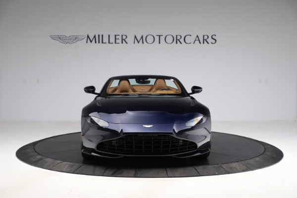 New 2021 Aston Martin Vantage Roadster Convertible for sale $205,686 at Bentley Greenwich in Greenwich CT 06830 11