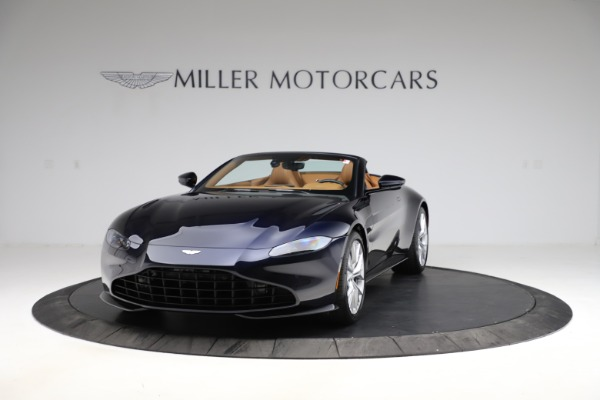 New 2021 Aston Martin Vantage Roadster Convertible for sale $205,686 at Bentley Greenwich in Greenwich CT 06830 12