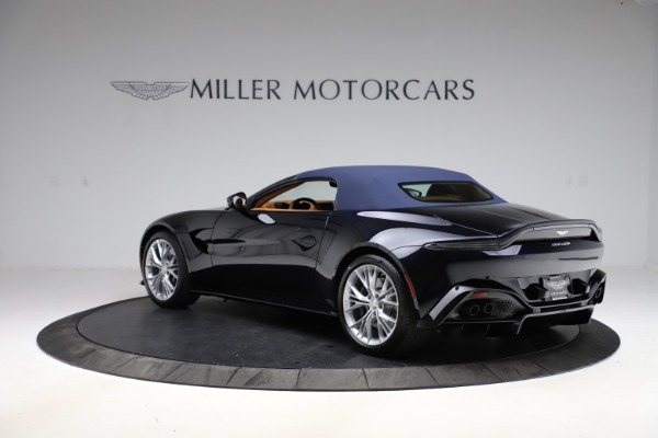 New 2021 Aston Martin Vantage Roadster Convertible for sale $205,686 at Bentley Greenwich in Greenwich CT 06830 26