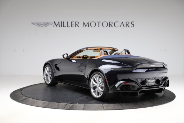 New 2021 Aston Martin Vantage Roadster Convertible for sale $205,686 at Bentley Greenwich in Greenwich CT 06830 4