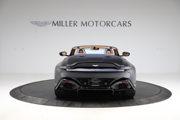 New 2021 Aston Martin Vantage Roadster Convertible for sale $205,686 at Bentley Greenwich in Greenwich CT 06830 5