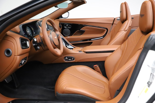 New 2021 Aston Martin DB11 Volante for sale $269,486 at Bentley Greenwich in Greenwich CT 06830 19