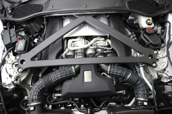 New 2021 Aston Martin DB11 Volante for sale $269,486 at Bentley Greenwich in Greenwich CT 06830 28