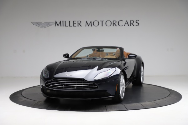 New 2021 Aston Martin DB11 Volante for sale $265,186 at Bentley Greenwich in Greenwich CT 06830 12
