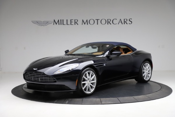 New 2021 Aston Martin DB11 Volante for sale $265,186 at Bentley Greenwich in Greenwich CT 06830 20