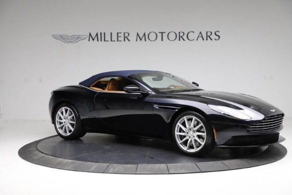 New 2021 Aston Martin DB11 Volante for sale $265,186 at Bentley Greenwich in Greenwich CT 06830 23