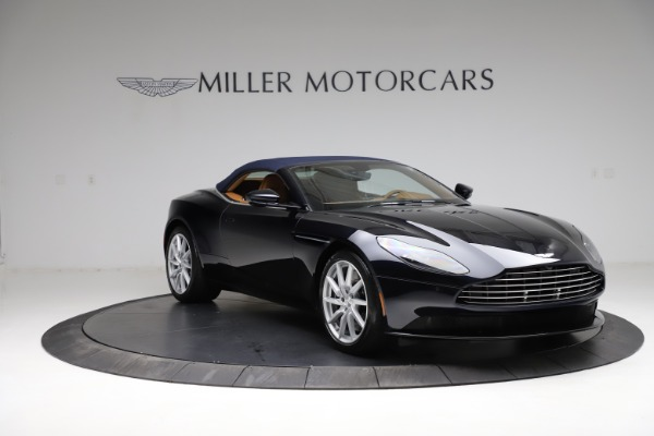 New 2021 Aston Martin DB11 Volante for sale $265,186 at Bentley Greenwich in Greenwich CT 06830 24