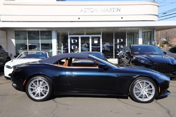 New 2021 Aston Martin DB11 Volante for sale $265,186 at Bentley Greenwich in Greenwich CT 06830 27