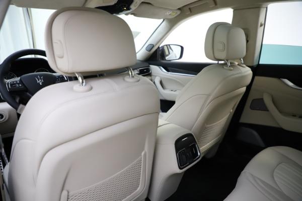 New 2021 Maserati Levante S Q4 GranLusso for sale $106,235 at Bentley Greenwich in Greenwich CT 06830 22