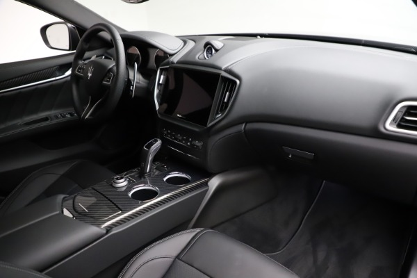 New 2021 Maserati Ghibli S Q4 GranSport for sale $98,125 at Bentley Greenwich in Greenwich CT 06830 22