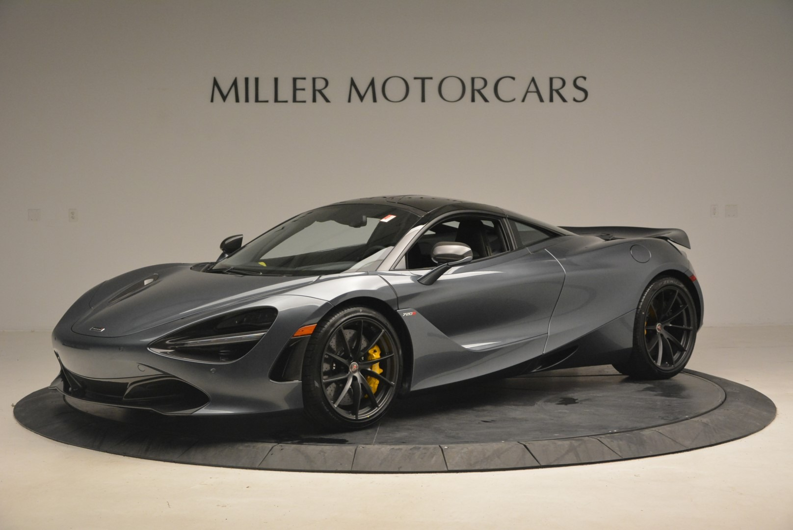 Used 2018 McLaren 720S Performance for sale $234,900 at Bentley Greenwich in Greenwich CT 06830 1
