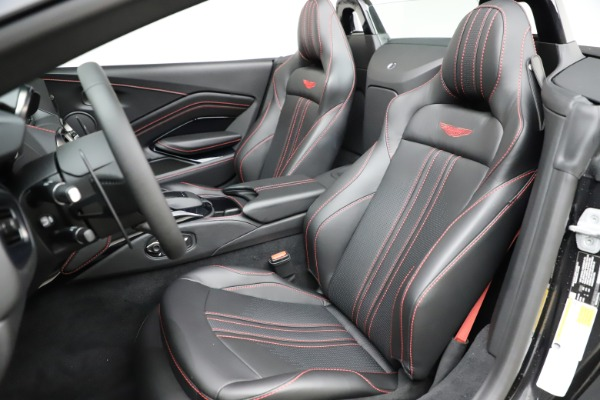 New 2021 Aston Martin Vantage Roadster Convertible for sale $189,186 at Bentley Greenwich in Greenwich CT 06830 15