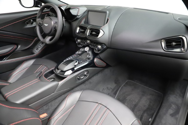 New 2021 Aston Martin Vantage Roadster for sale $189,186 at Bentley Greenwich in Greenwich CT 06830 18