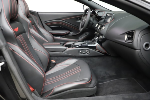 New 2021 Aston Martin Vantage Roadster Convertible for sale $189,186 at Bentley Greenwich in Greenwich CT 06830 19