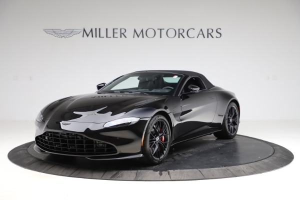 New 2021 Aston Martin Vantage Roadster for sale $189,186 at Bentley Greenwich in Greenwich CT 06830 27