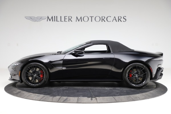 New 2021 Aston Martin Vantage Roadster Convertible for sale $189,186 at Bentley Greenwich in Greenwich CT 06830 28