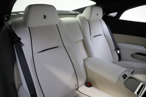 Used 2014 Rolls-Royce Wraith for sale Call for price at Bentley Greenwich in Greenwich CT 06830 17