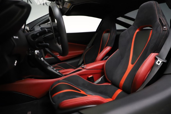 Used 2018 McLaren 720S Performance for sale $239,900 at Bentley Greenwich in Greenwich CT 06830 18