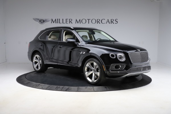 Used 2018 Bentley Bentayga W12 Signature Edition for sale $154,900 at Bentley Greenwich in Greenwich CT 06830 12