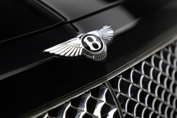 Used 2018 Bentley Bentayga W12 Signature Edition for sale $154,900 at Bentley Greenwich in Greenwich CT 06830 15