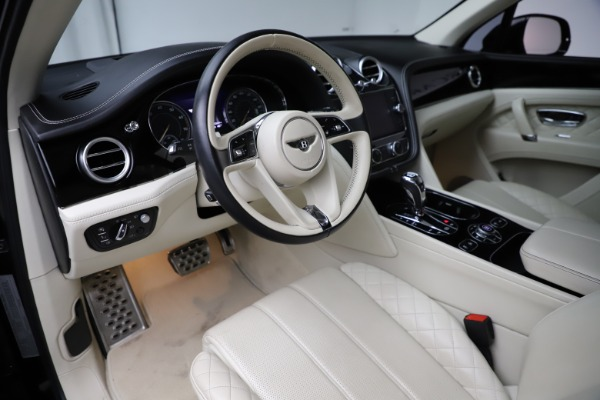 Used 2018 Bentley Bentayga W12 Signature for sale $149,900 at Bentley Greenwich in Greenwich CT 06830 18