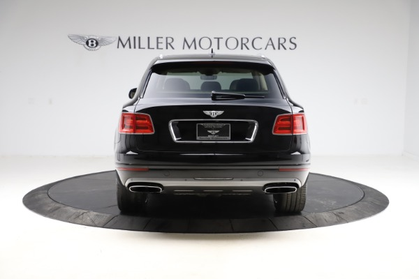 Used 2018 Bentley Bentayga W12 Signature Edition for sale $154,900 at Bentley Greenwich in Greenwich CT 06830 6