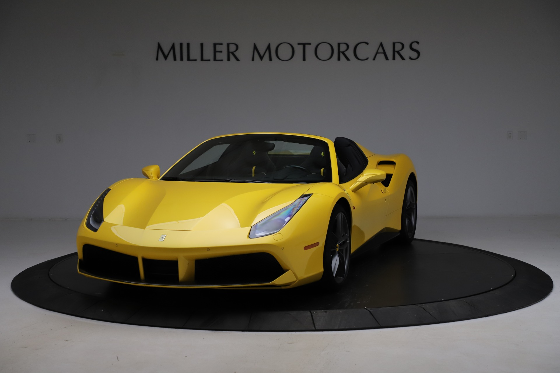 Used 2018 Ferrari 488 Spider for sale $289,900 at Bentley Greenwich in Greenwich CT 06830 1