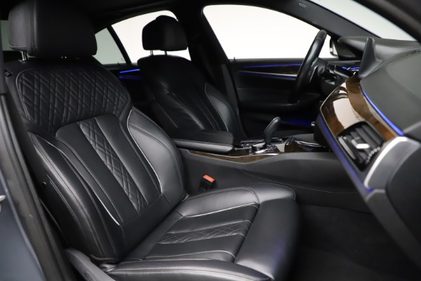 Used 2018 BMW 5 Series M550i xDrive for sale $49,900 at Bentley Greenwich in Greenwich CT 06830 21