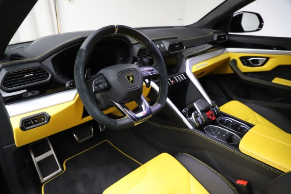 Used 2019 Lamborghini Urus for sale $249,900 at Bentley Greenwich in Greenwich CT 06830 13