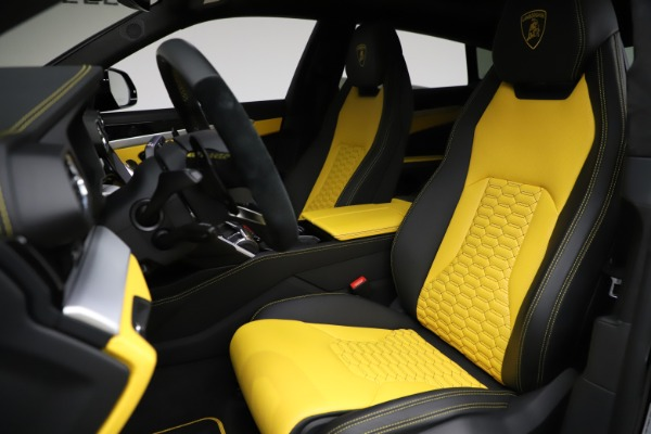 Used 2019 Lamborghini Urus for sale $249,900 at Bentley Greenwich in Greenwich CT 06830 15