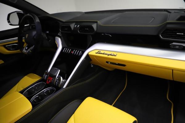 Used 2019 Lamborghini Urus for sale $249,900 at Bentley Greenwich in Greenwich CT 06830 24
