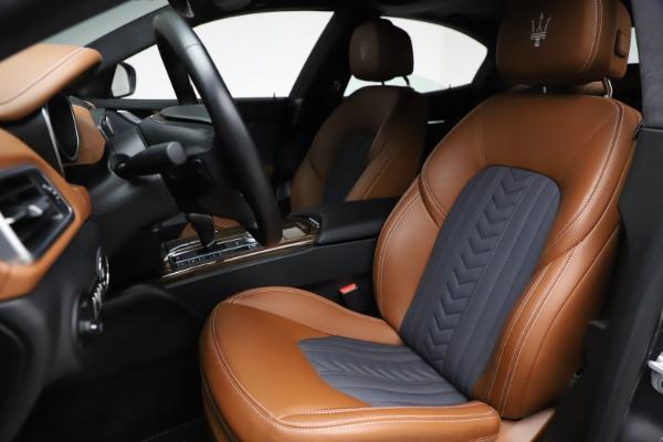 Used 2018 Maserati Ghibli SQ4 GranLusso for sale $51,900 at Bentley Greenwich in Greenwich CT 06830 15