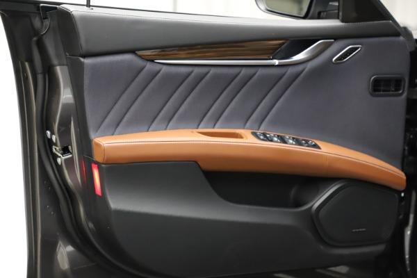 Used 2018 Maserati Ghibli SQ4 GranLusso for sale $51,900 at Bentley Greenwich in Greenwich CT 06830 16