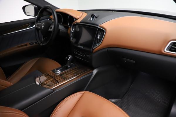Used 2018 Maserati Ghibli SQ4 GranLusso for sale $51,900 at Bentley Greenwich in Greenwich CT 06830 21