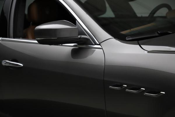 Used 2018 Maserati Ghibli SQ4 GranLusso for sale $51,900 at Bentley Greenwich in Greenwich CT 06830 27