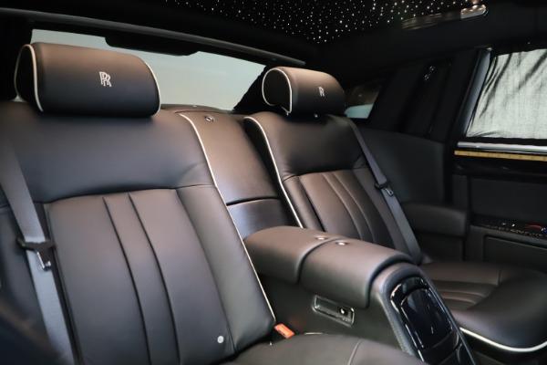 Used 2015 Rolls-Royce Phantom EWB for sale $289,900 at Bentley Greenwich in Greenwich CT 06830 15